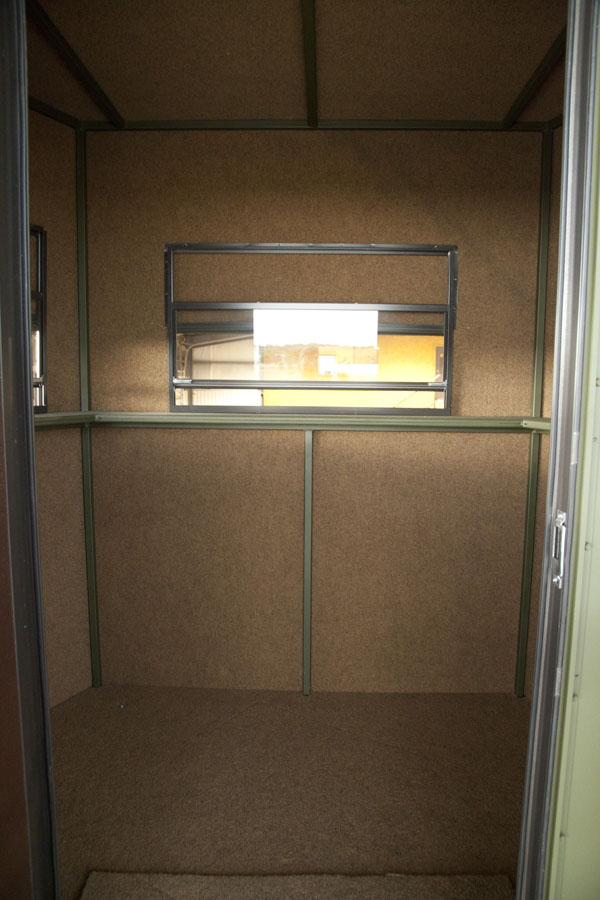 Deer Blind Windows : Top quality deer and hunting blinds athens texas