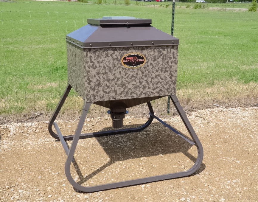 Deer Feeders Game Feeders Tejas Ranch Amp Game Fence
