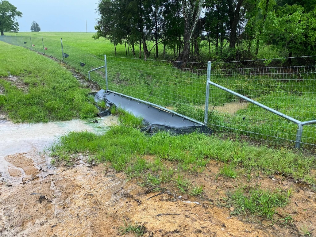 Water Gap Fence System